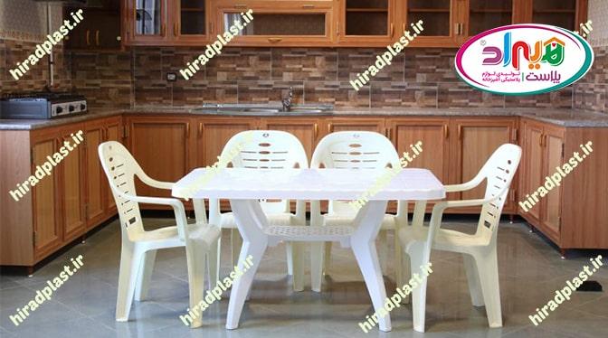میز صندلی پلاستیکی برای حیاط